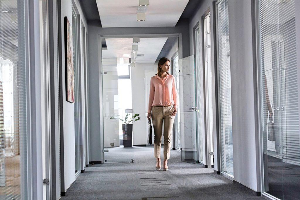 walking-10-mins-exercises-at-work-
