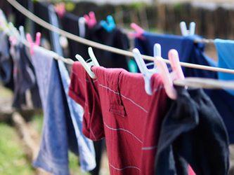 green-detergent-vs-conventional-detergents