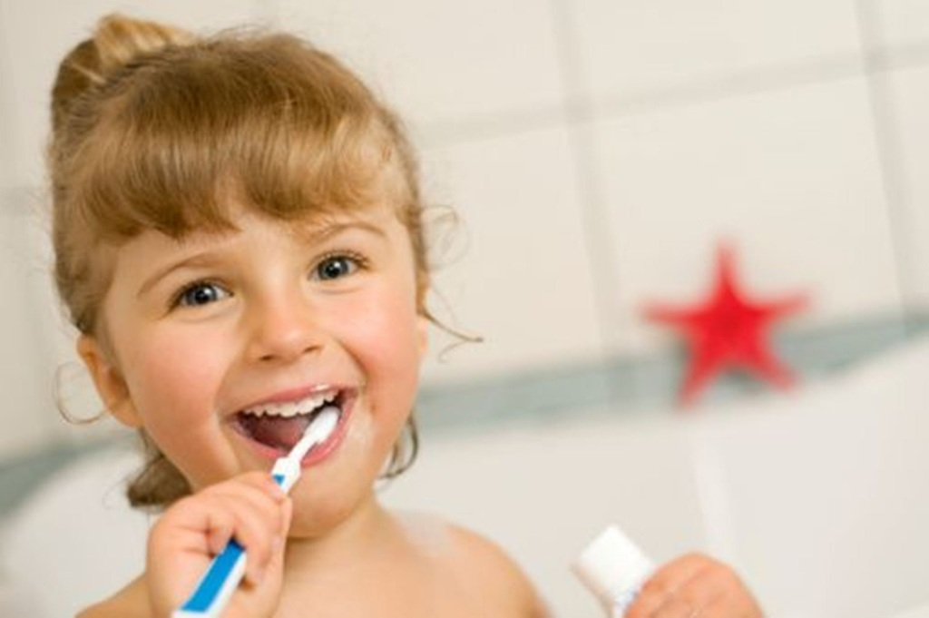 How to Teach Your Child Good Oral Health Habits