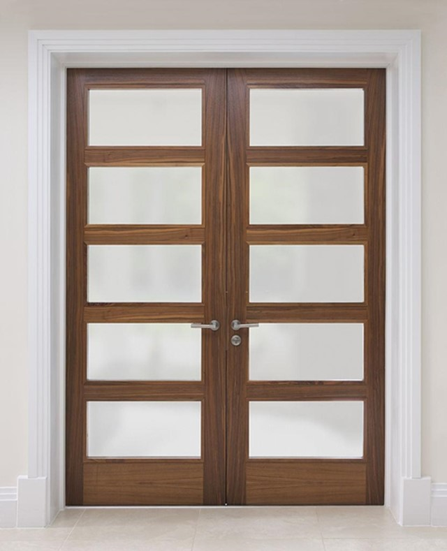 Create a subtle Partition with Translucent Glass Door